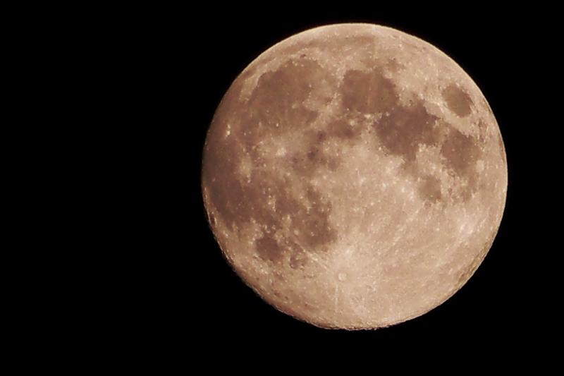 Lune comparative Pana G5 / Canon SX30 P1010316ar